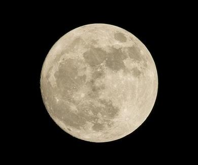 ...y la luna se comió al Teide