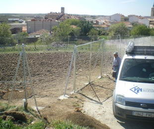 Terminado el vallado de finca en Casarrubios del Monte.