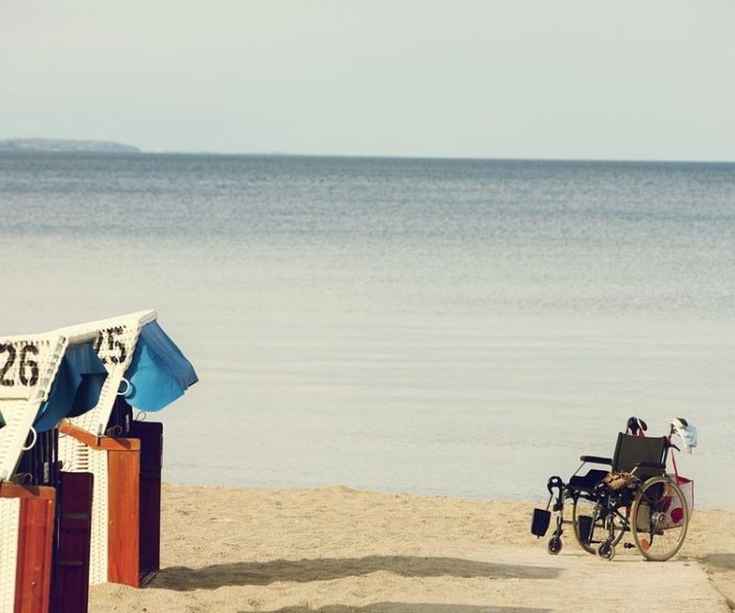 La guía de playas accesibles