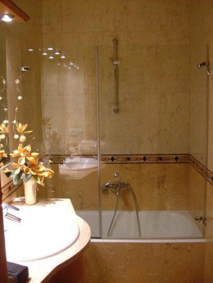 Mamparas baño: Servicios y Trabajos de Aluminis Jordi