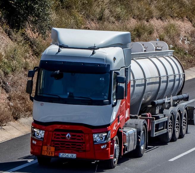 Transporte de Isocianato: Servicios de Transportes Flix, S.A.