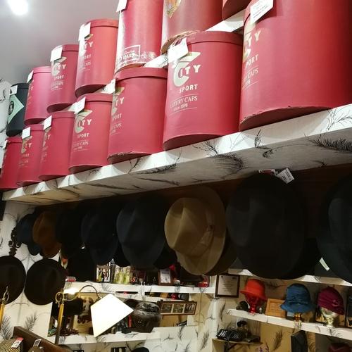 Gorras y sombreros en Ávila