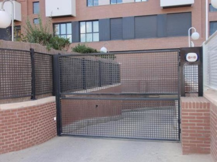 Alquiler de plazas de garaje: Servicios  de Palau Planells, S.L.