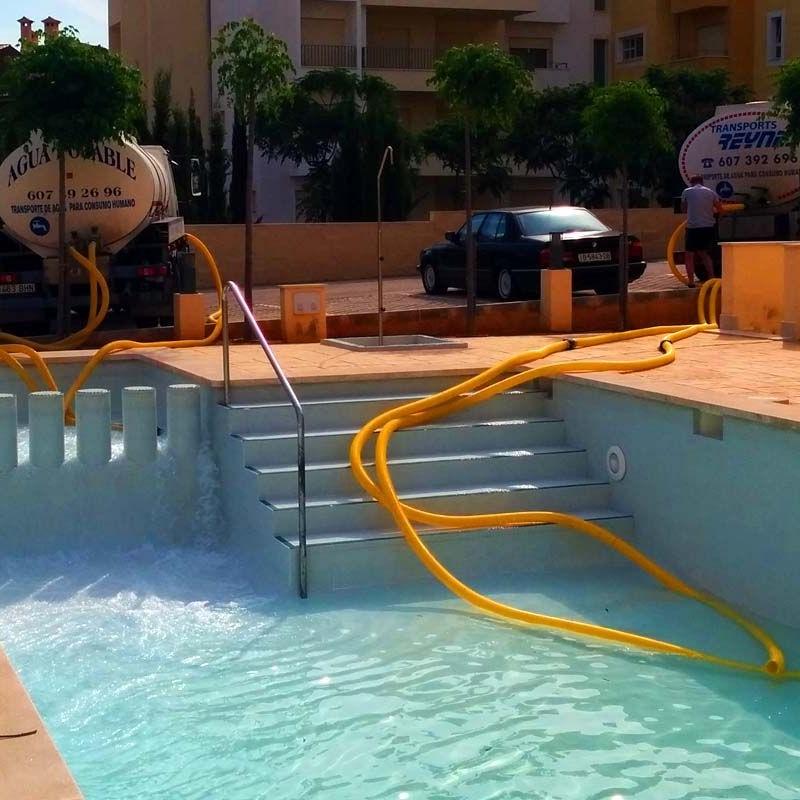 Llenado de piscinas: Servicios de Transportes Reynés