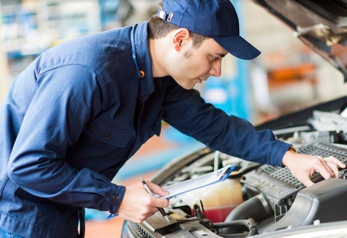 Taller mecánico de vehículos y camiones: Servicios de Taller Laymar, S.A.