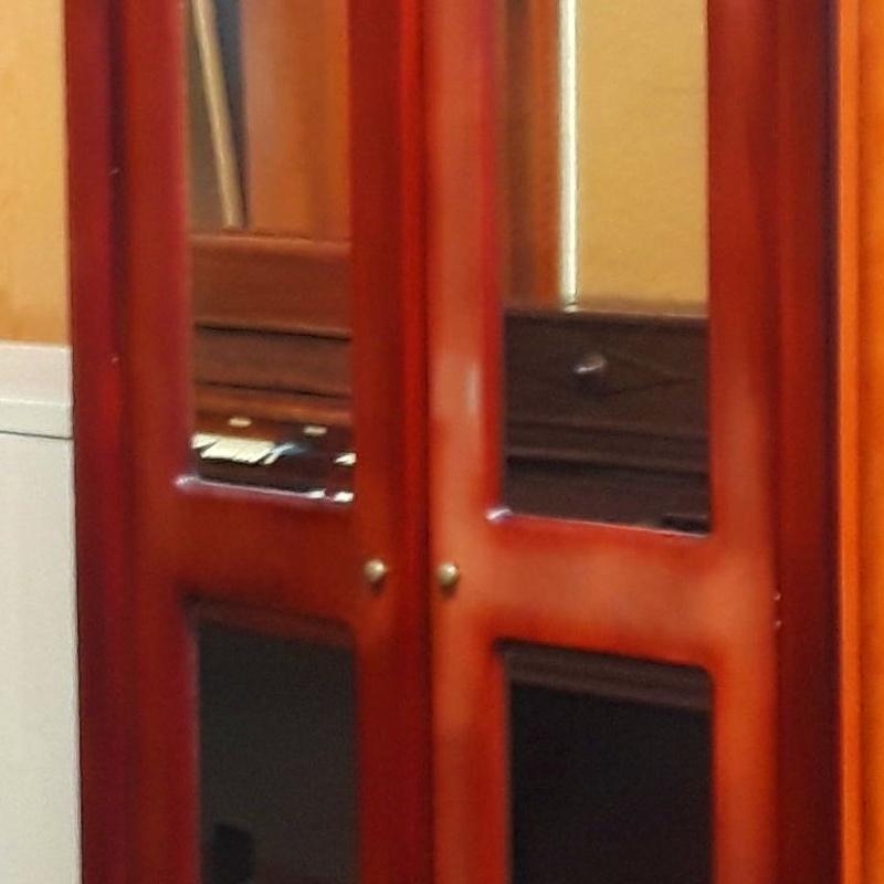 Armario Con espejos Y gabeteros : HIPER RASTRO REMAR NAVARRA de Remar Navarra Mutilva