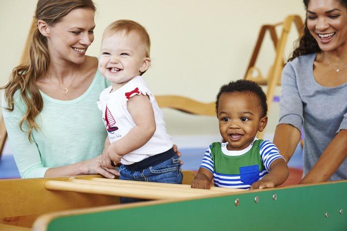 Sugerencias para jugar con bebés y niños pequeños.: Actividades de Gymboree Play & Music Sant Feliu