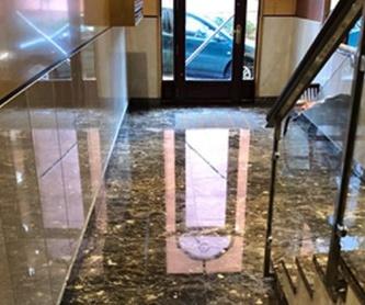 Limpieza de cristales: Servicios de Limpiezas Izgur