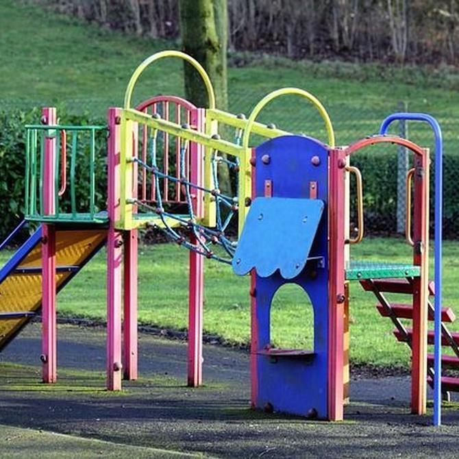 Diseño y seguridad para los más pequeños en los parques infantiles