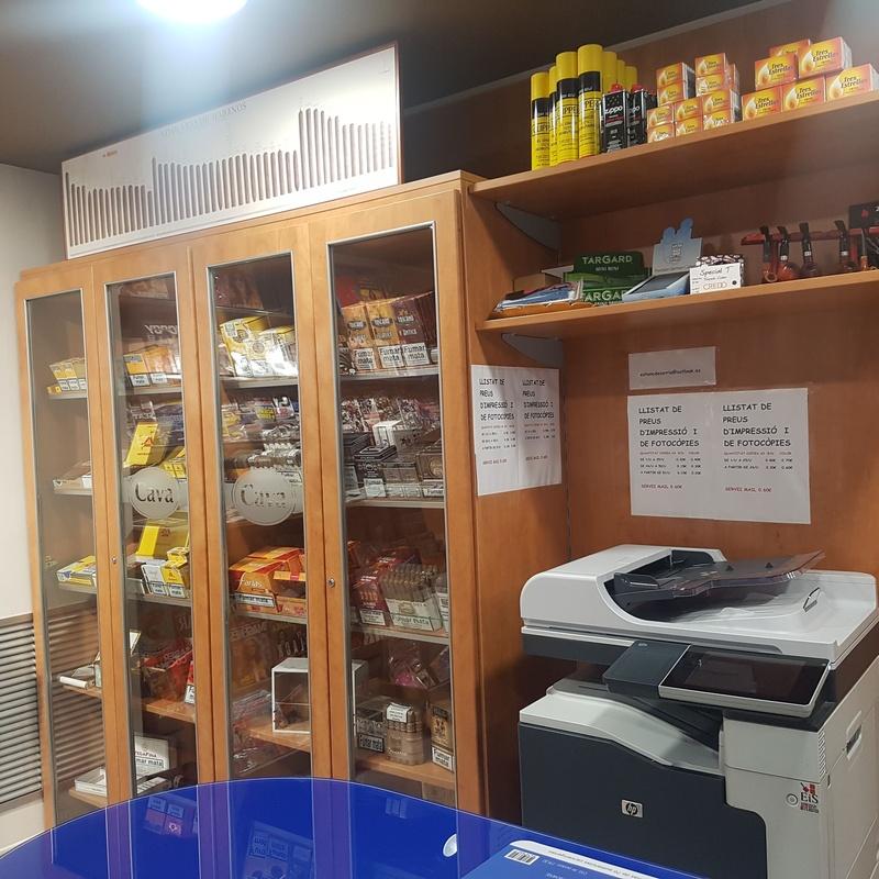 Envío de dinero: Nuestro Estanco de Estanc de Sarrià