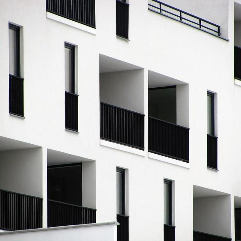 Edificios: Servicios de Tayesba S, L.