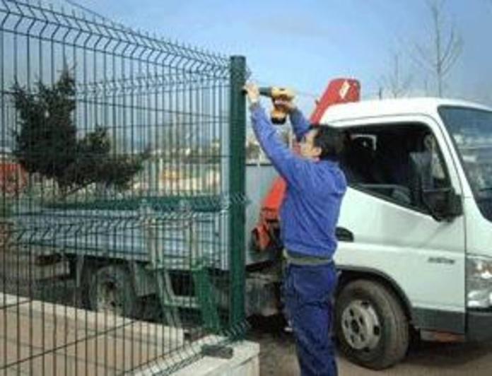 Colocación de vallas metálicas en Granollers