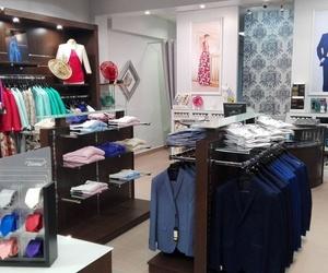 Trajes de novio y cualquier otra prenda y complemento necesario en Málaga