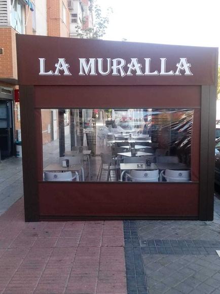 Restaurante la muralla. las tablas. Madrid. Telecinco. terraza cubierta. menú del día. comida casera. raciones.