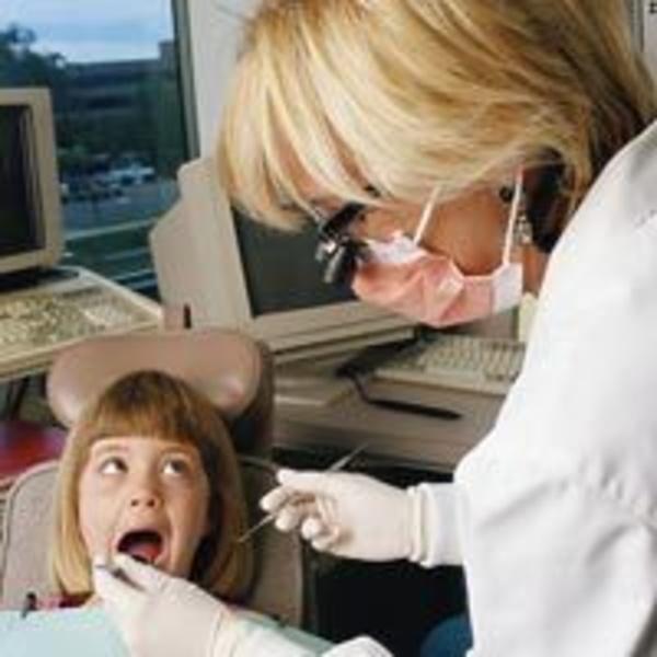 Implantes: Servicios de Clínica Dental Dr. Pedro Almoyna Rullán