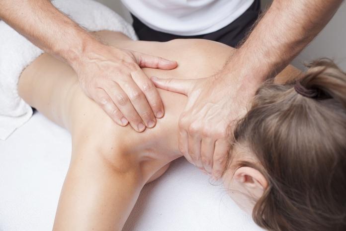 Masajes: Servicios de Fisioterapia Equipo 21