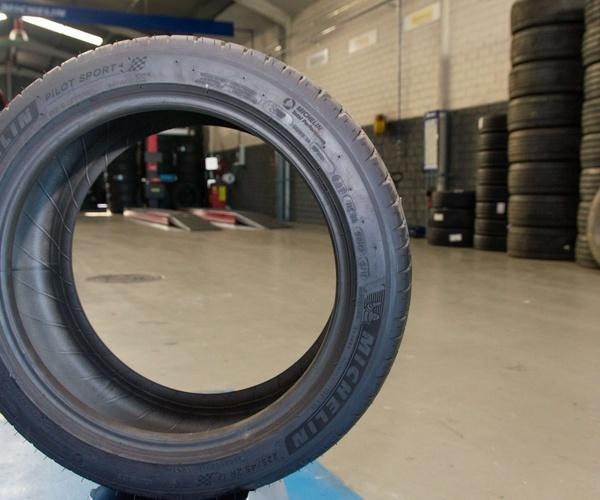 Neumáticos de las primeras marcas del sector en Valdemoro
