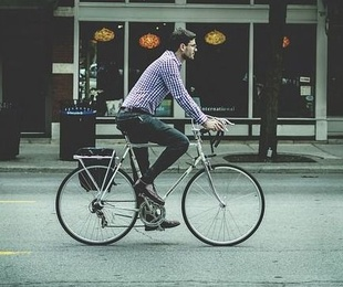 La bici 25 veces mejor que el coche