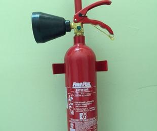 Extintores CO2 - 2 kg.