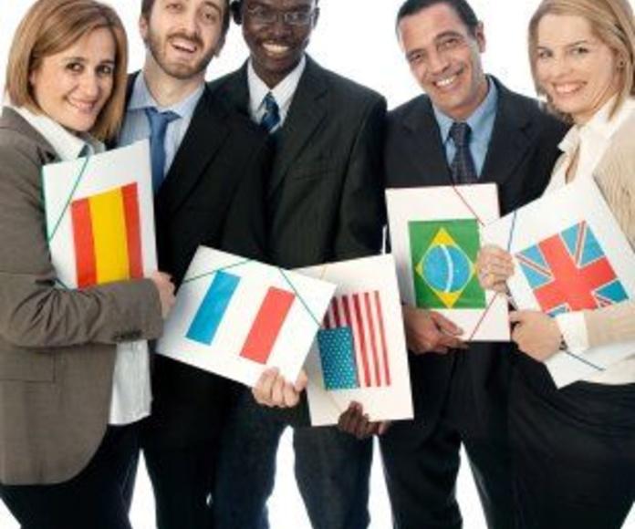 Traducciones inglés, francés, italiano y ruso: CATÁLOGO de Agestrad