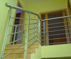 Fabricación e instalación de barandillas
