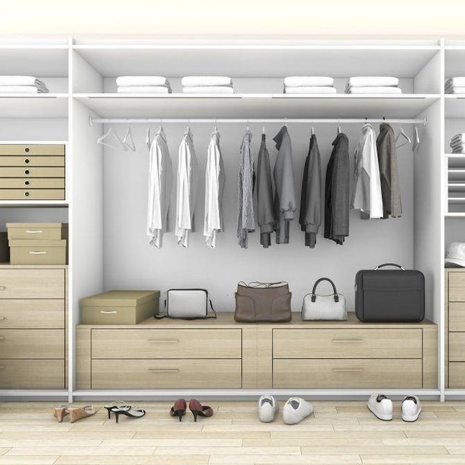 Cómo distribuir el interior de los armarios empotrados