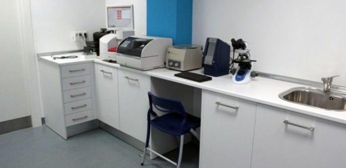 Laboratorio: Qué hacemos de Urgencias Veterinarias Zaragoza