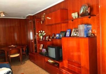 Mueble de Salon color caoba