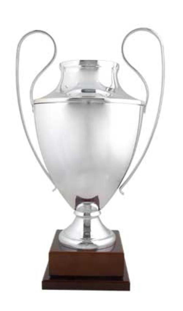 Copa tipo Champions modelo 3001(3 Medidas 75cm., 72cm., 70cm.)