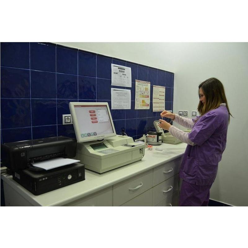 Análisis clínicos: Especialidades de Clínica Veterinaria Reus