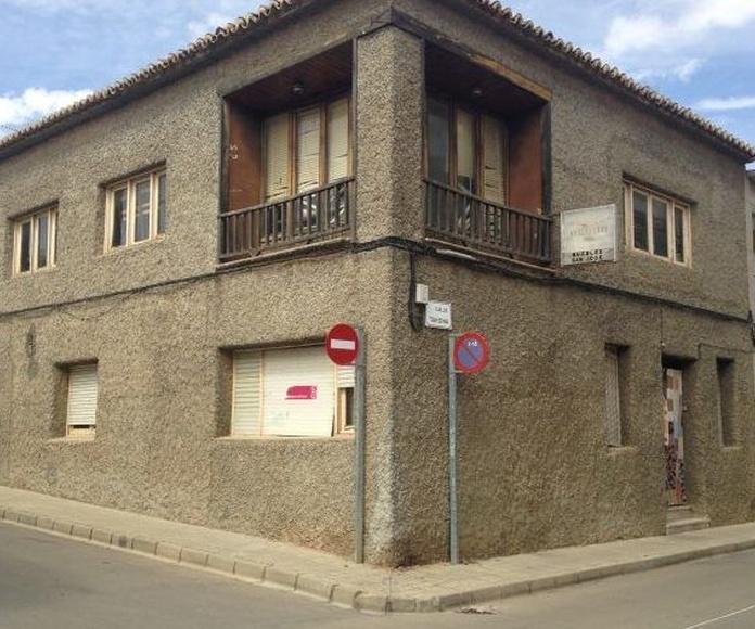 Casa en Tahona esquina con Gaitan: Inmuebles Urbanos de ANTONIO ARAGONÉS DÍAZ PAVÓN