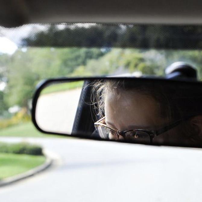 ¿Qué ocurre si tengo problemas de vista a la hora de renovar el carnet de conducir?