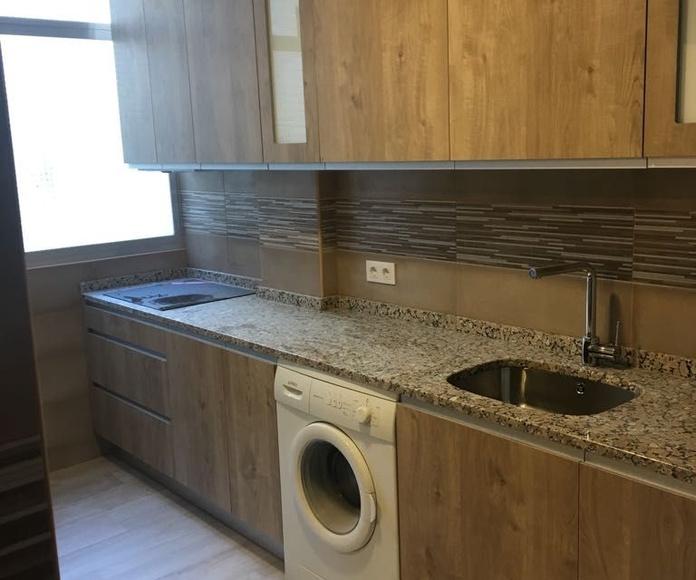 Colocación de mobiliario y electrodomésticos en piso Parla