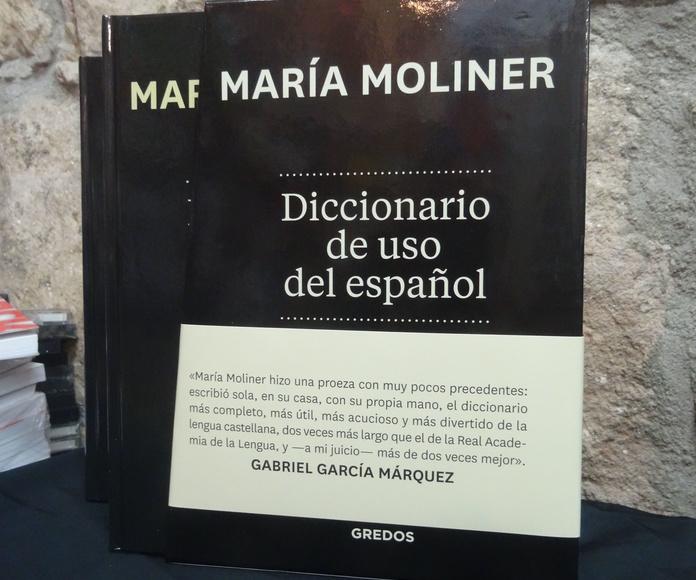 Diccionario de uso del Español María Moliner: SECCIONES de Librería Nueva Plaza Universitaria