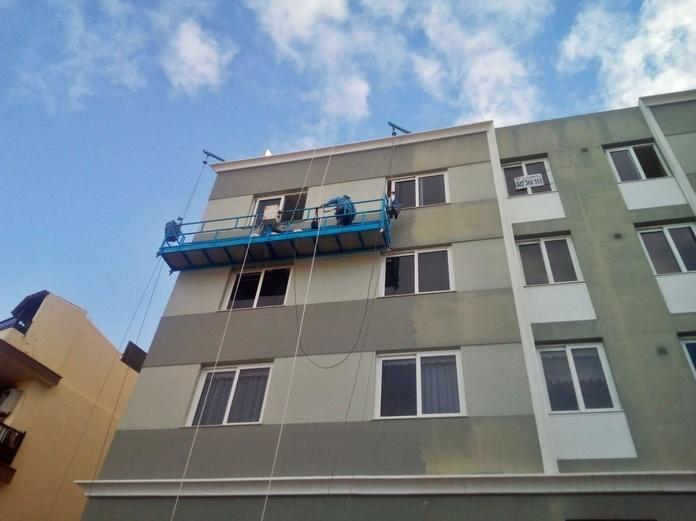 Montaje en edificio Puerto de la Cruz