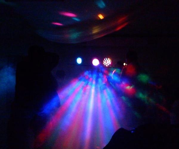 Equipos de iluminación robotizada