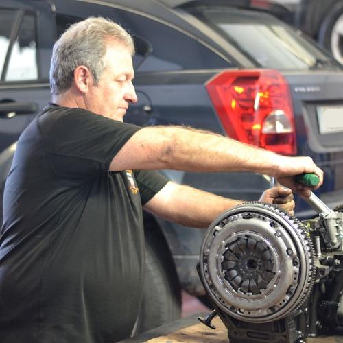 Reparación de motor