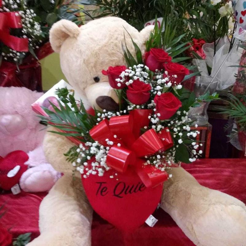 San Valentin: Servicios de Floristería Abolengo