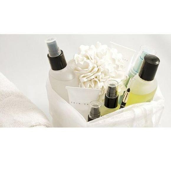 Productos estéticos: Productos y servicios de Salón de Belleza M. del Carmen Valero