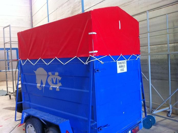 Lonas para carros y remolques para caballos: Servicios de Sercosol