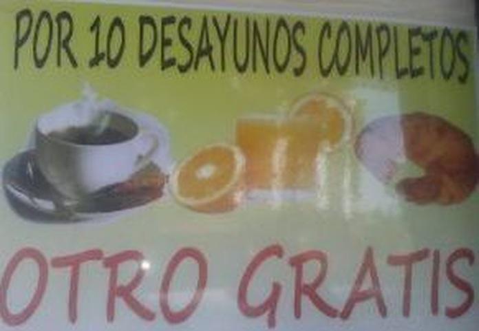 Oferta desayuno: Especialidades de la casa de Cafetería Bayona