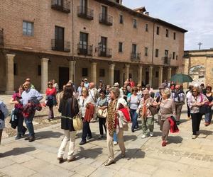 Todos los productos y servicios de Servicios turísticos: Rutas con Historia