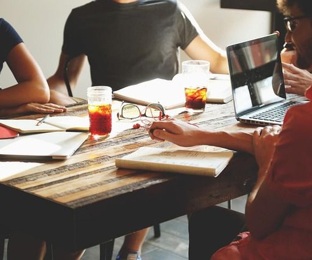 Tips para la limpieza correcta de espacios coworking