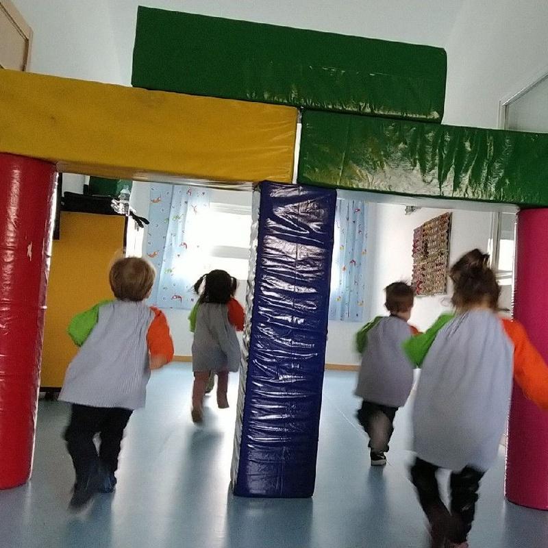 AYUDAS CENTROS PRIVADOS: Servicios de Escuela Infantil Crecer