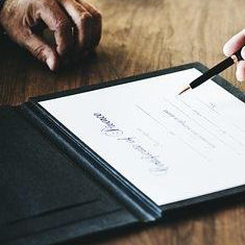Traducciones juradas de documentos oficiales: Servicios de Intratad Gabinete de Traducción