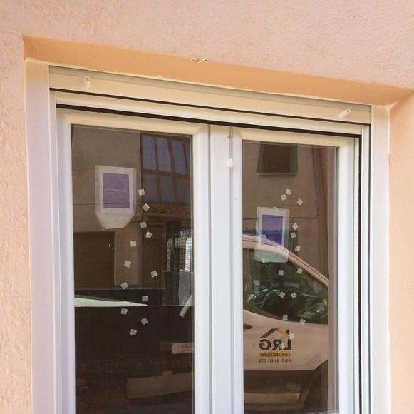 Puertas y ventanas: Servicios de Construcciones LRG