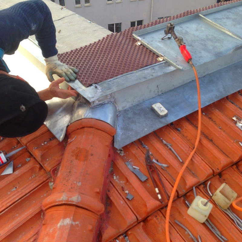 Trabajos de soldadura de zing.cobre en cubiertas y tejados Santander-Torrelavega