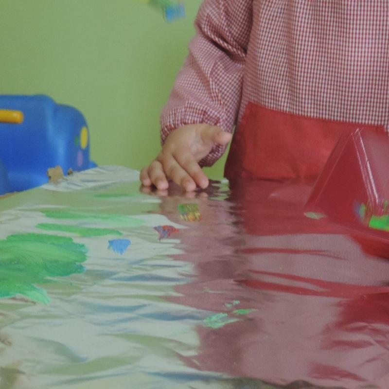 Clases de plástica: Servicios de Los Pequeñitos Escuela Infantil