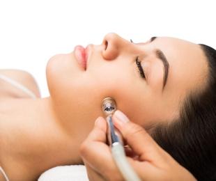 Higiene Facial con Hidrodermoabrasión