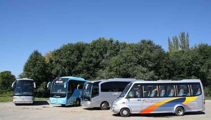 Línea internacional : Prestaciones  de Autocars Brugulat